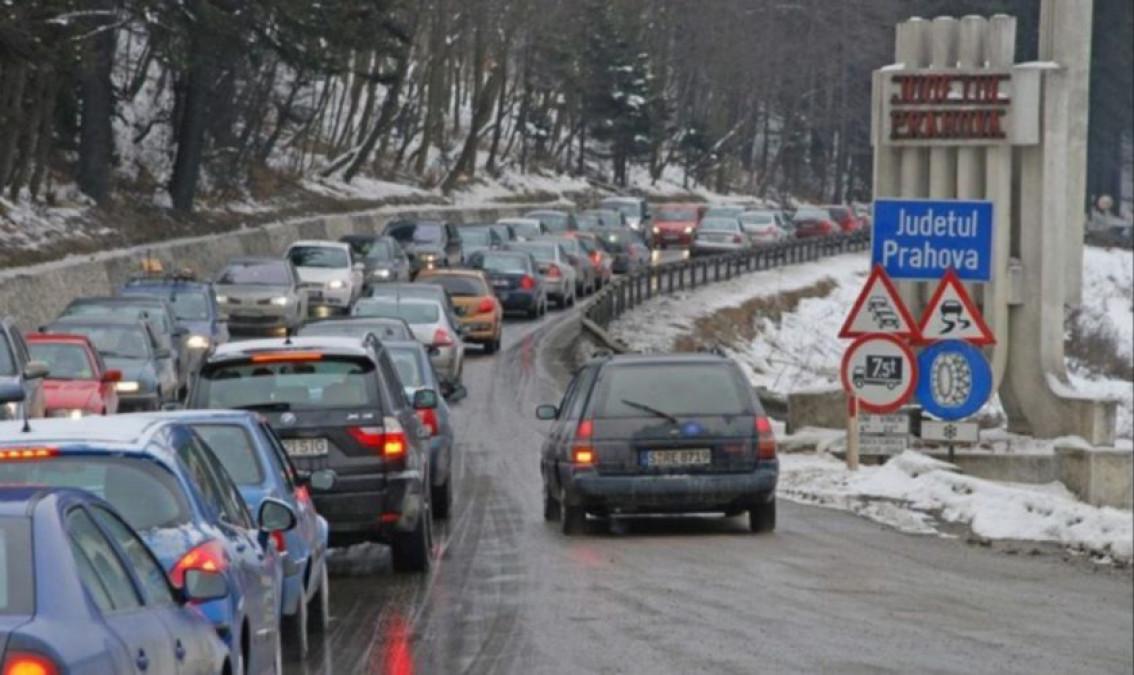 Drumul secret către Valea Prahovei. Mii de șoferi pot scăpa acum de aglomerația de pe DN1